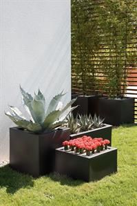 The Oltrevaso range looks fabulous when stacked together, the shapes and sizes really compliment one another.