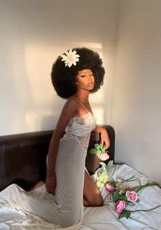 Pretty Black Girls, Beautiful Black Women, Curly Hair Styles, Natural Hair Styles, Afro Punk Fashion, Glam Photoshoot, Dark Skin Beauty, Black Beauty, Pelo Afro
