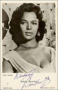 The stunning Dorothy Dandridge Dorothy Dandridge, Vintage Black Glamour, Vintage Beauty, Classic Hollywood, Old Hollywood, Hollywood Glamour, Marilyn Monroe, Viejo Hollywood, Idda Van Munster