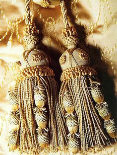 Tassels with lattice work
