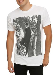 Justin Bieber In A Tree T-Shirt | Hot Topic