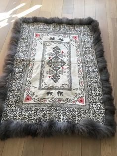 Sons Of Norway, Sheep Crafts, Sheepskin Rug, Textile Design, Medieval, Weaving, Fabrics, Textiles, Crafty