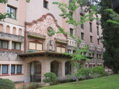 El hotel Termes Montbrió se encuentra en el municipiode Montbrió del Camp en Tarragona, cerca de Port Aventura, del Priorat o las playas de Miamiplatja, Salou Cambrils, l'Ametlla del Mar o…