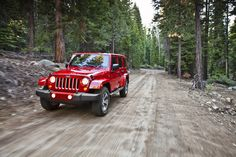 "Ever hear of the ""AllTrails"" app? It's a super cool feature in Jeeps! #Jeep #Offroad #Apps"