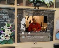 Una empresa valenciana comercializa lápidas con realidad aumentada