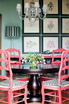 Pink, black & blue dining room @Jeanette Menne