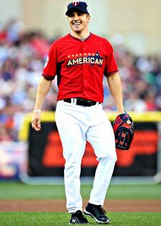 Zach Parise....my future husband. He looks damn good in a baseball uniform too.