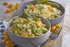 Dillgurken-Nudelsalat mit gelben Tomaten | Toastenstein.com