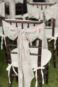 decoration chaise mariage remplacer la housse tissu liberty