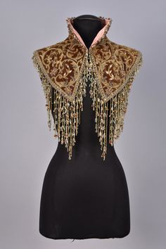 Collar, late 19th-early 20th century From Whitaker Auctions