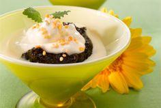 Mämmiherkku ✦ Tarjoa mämmiä maustetun rahkan ja vaniljakastikkeen kanssa. http://www.valio.fi/reseptit/mammiherkku/ #resepti #ruoka