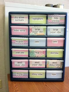 Tutorial for making this cute organizing must-have! Via A Kindergarten Life For Me: More DIY for the Classroom!!