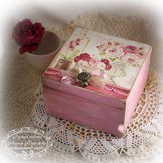 Una cajita  rosa