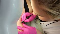 Znany produkt za 100zł czy jego odpowiednik za 15? | Laboratorium kosmetologa Diy Lotion, Denim Bag, Bye Bye, Health Remedies, Serum, Beauty Hacks, Face, Fitness, Tips