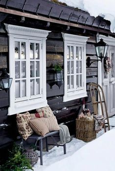 I quite simply fancy this colour for this Epic! I quite simply fancy this colour for this Log Home Interiors, Cottage Interiors, Cottage Homes, Tiny Cabins, Cabins And Cottages, Le Ranch, Log Cabin Exterior, Scandinavian Cabin, Mountain Cottage