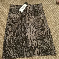 "BCBG MAX AZRIA Bandage Skirt Grey Combo skirt ""NEW"" with tag. Great for a night out on the town. BCBGMaxAzria Skirts Midi"