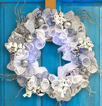 Make an elegant winter wreath to hang even after the holidays have passed and celebrate the beauty of winter with glitzy ornaments and silver deco mesh. Dollar Tree Crafts, Dollar Tree Store, Diy Arts And Crafts, Diy Crafts, Diy Wreath, Wreath Ideas, Deco Mesh Wreaths, Christmas Wreaths, Christmas Ideas