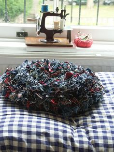 Proggy cushion by scrapiana, via Flickr