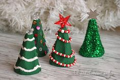 Christmas trees from egg carton. A nice idea for the Kle . Christmas trees from egg carton. A nice idea for the Kle .,Christmas trees from egg carton. A nice idea for the c . Christmas Poster, Christmas Crafts, Xmas, Christmas Ornaments, Christmas Trees, Kids Crafts, Diy And Crafts, Fun Activities For Kids, Christmas Activities
