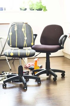 Reupholstering old desk chairs! Easy to follow tutorial. I am so doing this!!