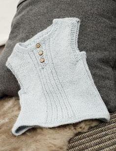 baby slipover free pattern in danish Knitting For Kids, Crochet For Kids, Baby Knitting Patterns, Crochet Baby, Baby Barn, Vest Pattern, Free Pattern, Knit Vest, Newborn Outfits
