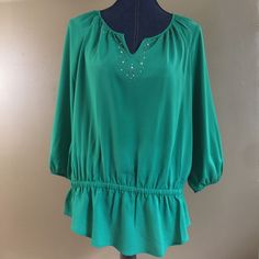 Chicos Size 1 Woman's 3/4 Sleeve Lightweight Top Professional Embellished Neck    eBay