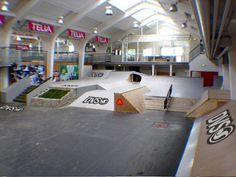 interior skatepark - Google Search Skate Park, Parks, Google Search, Interior, Indoor, Design Interiors, Interieur, Interiors, Parkas