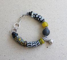 Uutar Beaded Bracelets, Jewelry, Fashion, Moda, Jewlery, Jewerly, Fashion Styles, Pearl Bracelets, Schmuck