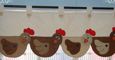chickens on the bottom of a horizontal wall hanging/curtain Chicken Crafts, Chicken Art, Sewing Hacks, Sewing Crafts, Sewing Projects, Patch Quilt, Chicken Quilt, Diy And Crafts, Arts And Crafts