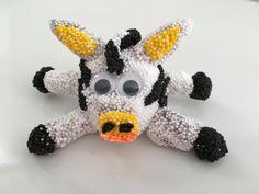 Kim bastelt mit Foam Clay / Wolkenknete / Wolkenschleim / Zebra