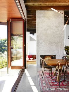 spotted gum house for grand designs australia and shane thompson architects. grand-designs-brookfield-house05.jpg