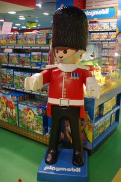 1000 images about playmobil g ant playmobil giant on pinterest playmobil - Playmobil geant decoration ...