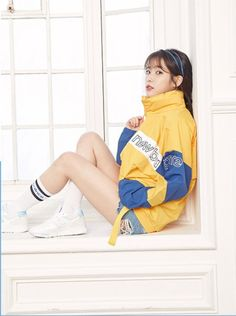 IU gets cute and sporty for 'New Balance' Human Poses Reference, Pose Reference Photo, J Pop, Iu Fashion, Korean Fashion, Korean Girl, Asian Girl, Iu Twitter, Sexy Socks