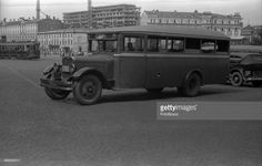 Parking of cars at hotel 'Metropol', A kind on a under construction building of the State plan (nowadays the State Duma), Moscow, 1933. (Photo by Aleksandr Grinberg/FotoSoyuz/Getty Images)