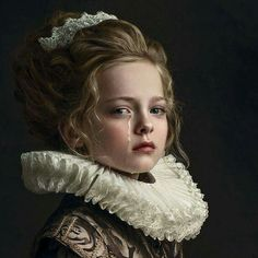 Photographer Gemmy Woud-Binnendijk Captures Portraits In The Style Of Old Master Painters Gemmy Woud-Binnendijk is a Dutch fine art photographer whose portrait photos may make you feel like you're walking through a museum. Her style is i… drwong. Fine Art Photography, Portrait Photography, Painter Photography, Exposure Photography, People Photography, Photography Ideas, Fashion Photography, Mode Rococo, Portrait Photos
