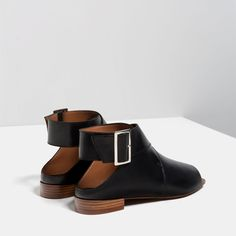 Image 4 of FLAT LEATHER BOOT-STYLE SANDALS from Zara