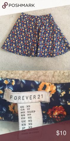 XS forever 21 floral skirt a line Like new. Really cute. Forever 21 Skirts A-Line or Full