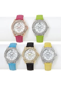 Kessaris Crystal watches provide a glamorous accessory piece perfect for any occasion! Who wouldn't want 5 pieces of sparkle for the price of one! Which color set is your fave?