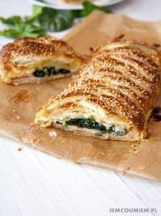 Ciasto francuskie ze szpinakiem, szynka i serem / Jem Co Umiem Stromboli, Calzone, Food Decoration, Ale, Grilling, Sandwiches, Dinner Recipes, Lunch Box, Food And Drink