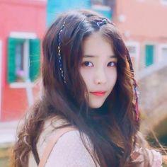 Another one😊♥️ . . . . . #IU #dlwlrma #leejieun #uaena #idol #singer #actor #kpop #kdrama #fan #page #persona #netflix #아이유 #이지금 #이지은 #유애나… Beautiful Person, Most Beautiful, Beautiful Women, Iu Fashion, K Idol, Korean Actresses, Korean Singer, South Korean Girls, Girl Crushes