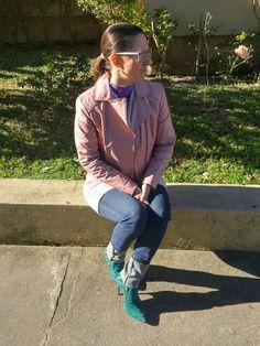 Blog Femina - Modéstia e Elegância: Jaqueta rosa de couro, botinha verde, vestido rosa e skinny jeans