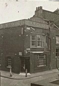 The Lantern Slides of Old London- the Anchor at Bankside