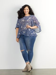 Excited to finally reveal that I'm the face of Sears' new plus size  waysify collection, Simply Emma.