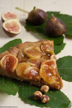 Crostata di nocciole con FICHI Italian Desserts, Italian Dishes, Italian Recipes, Fig Dessert, Gelato, Sweet Cooking, Sweet Tarts, Sweet And Salty, Food Design