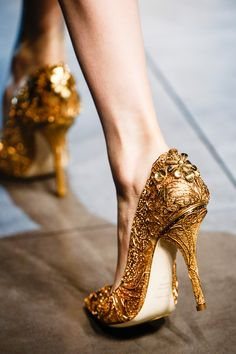 » Dolce & Gabbana Elaborately gilded gold pumps, F/W 2013 Collection. [Image: vogue]