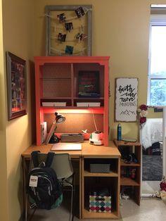 My desk at ole miss Doorm Room Ideas, Dorm Ideas, Coral Navy, Apartment Goals, Dorm Life, Ole Miss, Dorm Decorations, Dorm Room, Corner Desk