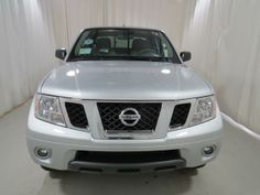 2014 Nissan Frontier SV 4x2 SV 4dr Crew Cab 5 ft. SB Pickup 6M Pickup 4 Doors Silver for sale in Hardeeville, SC Source: http://www.usedcarsgroup.com/used-nissan-for-sale-in-hardeeville-sc