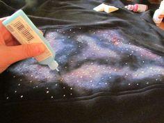 DIY Star Swirled Hoodies : DIY Galaxy Sweatshirts