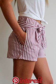 Paper Bag Waist Short 4 Colors Striped paper bag waist shorts Available in four colors navy taupe burgundy black Sizes Smal Paper Bag Waist Short 4 Colors Striped paper bag waist shorts Available in four colors navy taupe burgundy black nbsp hellip Fashion Mode, Look Fashion, Fashion Outfits, Fashion Trends, Feminine Fashion, Latest Outfits, Fashion Clothes, Fashion Beauty, Classy Summer Outfits
