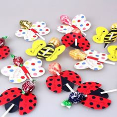 Handmade - Lollipop decorative paper cards Lollipop packaging handmade DIY candy decorative card - Apocalypse Now And Then Kids Crafts, Easter Crafts, Lollipop Decorations, Paper Decorations, Christmas Decorations, Valentines For Kids, Valentine Day Crafts, Butterfly Gifts, Ladybug Party